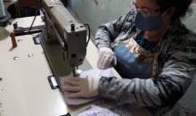 Escola Santa Lúcia, em Caxias, confecciona máscaras de forma voluntária